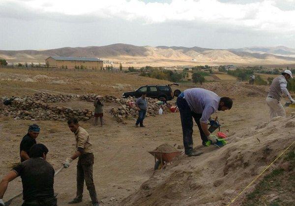 فصل دوم کاوش باستان شناسی قلعه شهر تاریخی اوجان شروع شد