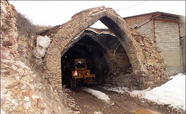 وضعیت کاروانسرای گدوک فیروزکوه قابل توجیه نیست