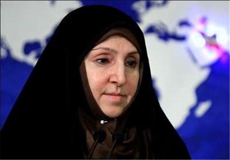 انتقاد افخم از توقف تایید مدارک فارغ التحصیلان پزشکی در ایران توسط آمریکا و کانادا