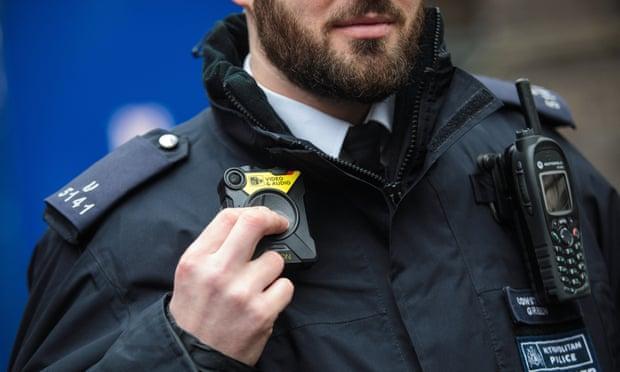 فیس بوک با پلیس متروپولیتن لندن همکاری می نماید