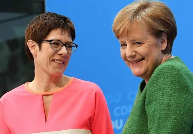 خشم حزب سبز آلمان از سفر پشت سرهم 5 مقام آلمانی به آمریکا با 4 پرواز مختلف