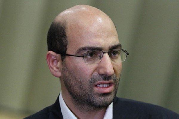 ابوترابی: طی سال آینده میتوانیم شعار نه شرقی نه غربی را عملیاتی کنیم، تحریم عمرانی ایران تمدید تحریم های گذشته است