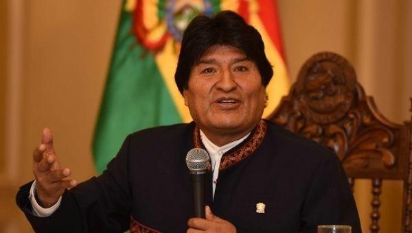 بحران بولیوی؛ پیشروی مخالفان مورالس، کنترل مخالفان بر چند شبکه رادیو تلویزیونی ، ارتش: مقابل مردم نمی ایستیم