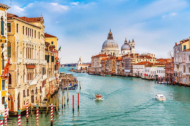 ونیز شهر جشنواره ها و کارناوال ها -ایتالیا