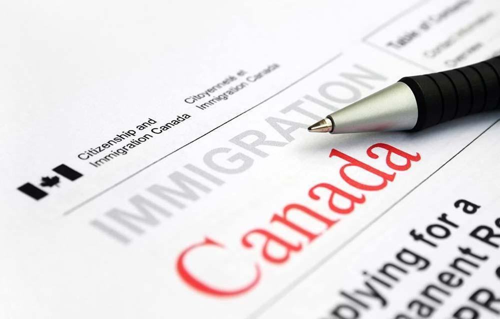 دلایل طولانی شدن آنالیز پرونده های مهاجرتی کانادا