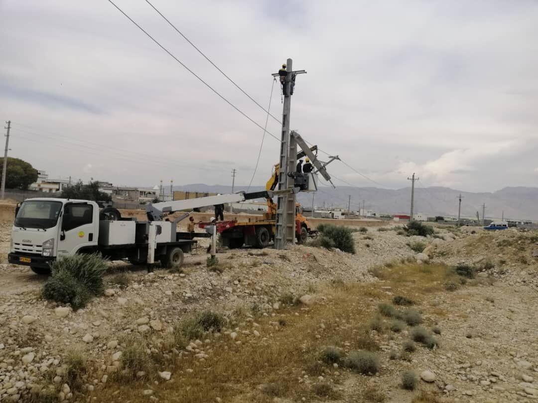 خبرنگاران برق منطقه عشایری طبس وصل شد