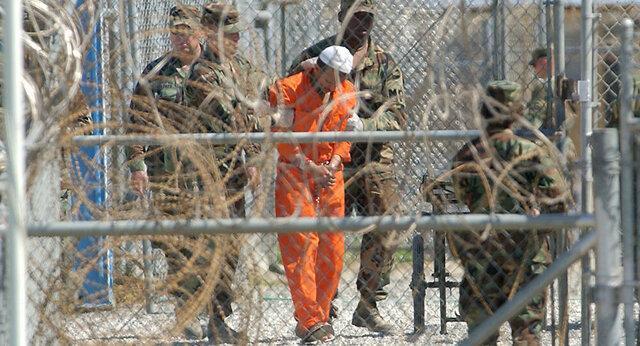 کرونا فرآیندهای قضایی در زندان گوانتانامو را به تعویق می اندازد