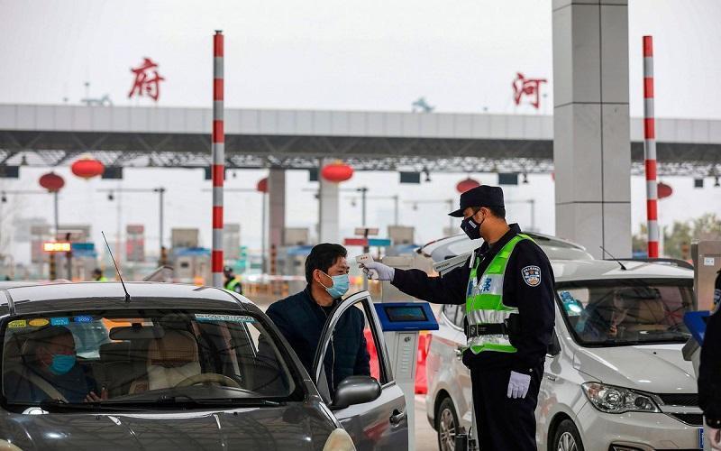مردم ووهان چین از خوردن غذاهای عجیب منع می شوند!