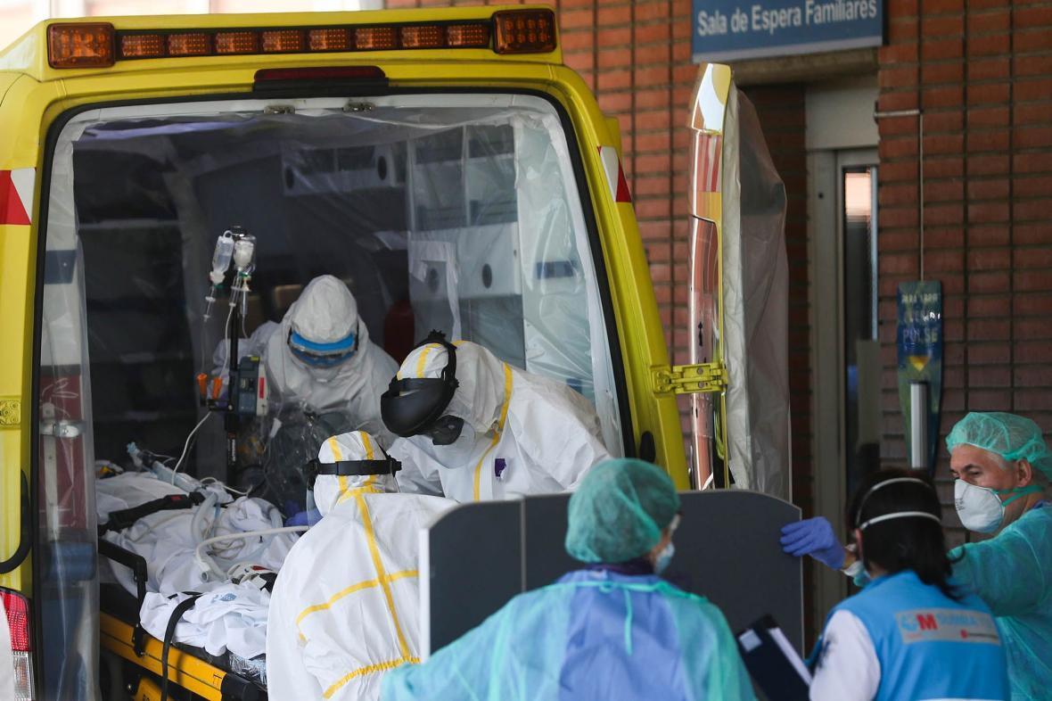 شمار قربانیان کرونا در اسپانیا به کمترین میزان از اواسط مارس رسید