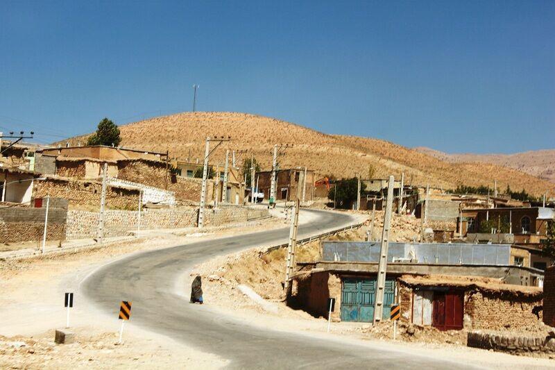 خبرنگاران ساکنان 173 روستای خراسان رضوی صاحب جاده آسفالته شدند