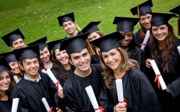 بیش از 5000 دانشجوی بین المللی یاری حمایتی می شوند