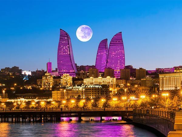 راهنمای کامل سفر زمینی به باکو از مرز آستارا