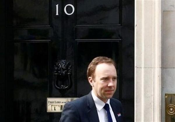 افزایش فشارها بر نخست وزیر انگلیس برای برکناری وزیر بهداشت